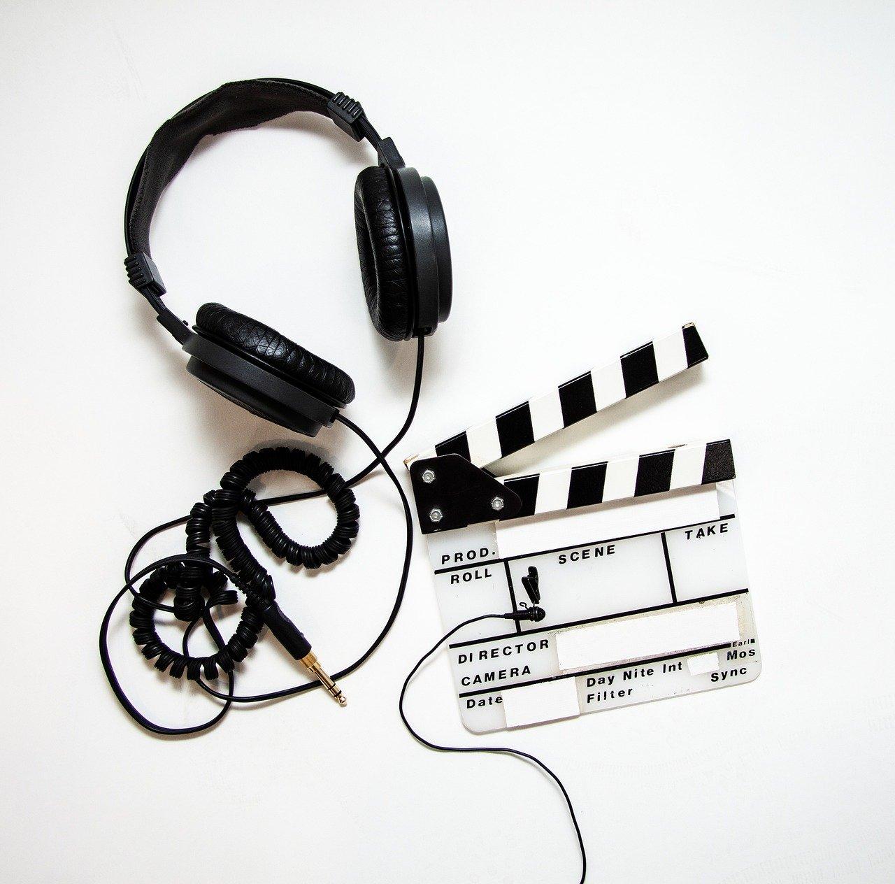 headphones, clapper, clapperboard